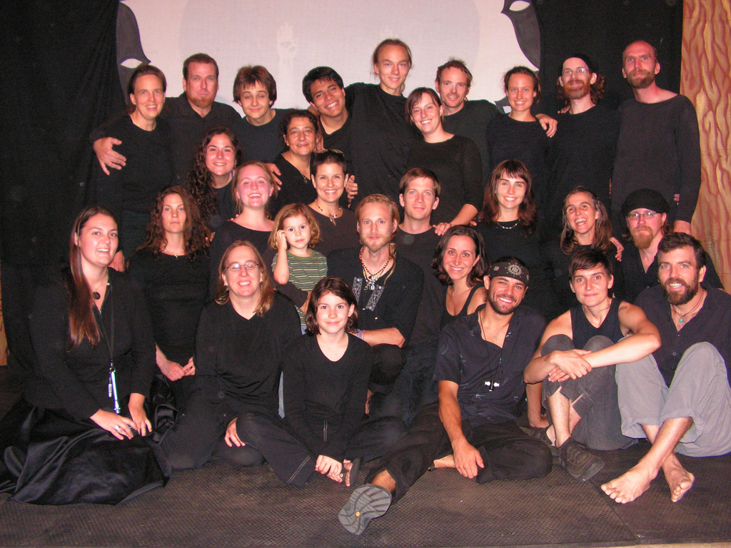 """Living Sea of Memory"" 2009 cast"